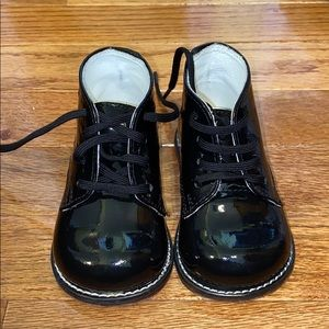 Kid Size 4.5 Black Patent Leather Walking Shoes